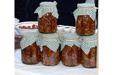 salsiccia aviglianese sott'olio salumi maiale marni salumi basilicata lucania