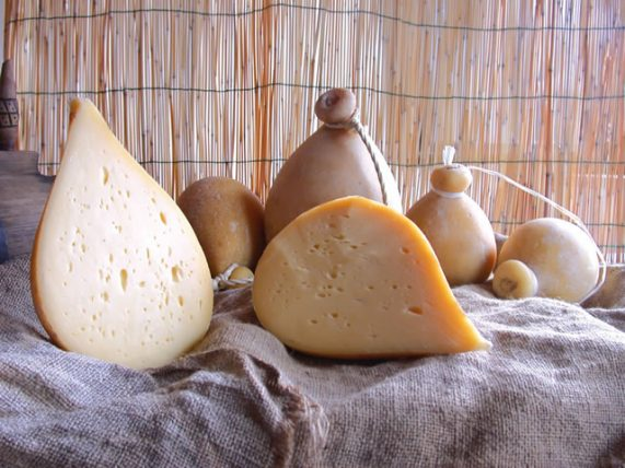 forenza caciocavallo cheese caciocavallo cheese cow milk caggiano farm basilicata lucanian
