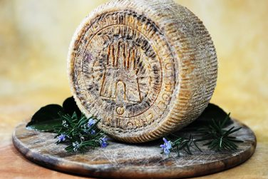 moliterno pecorino canestrato cheese sheep cheese cheese sheep milk cavalli farm igp certification basilicata lucanian