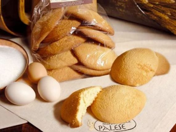 pastarelle traditional biscuits milk biscuits palese backery basilicata lucanian